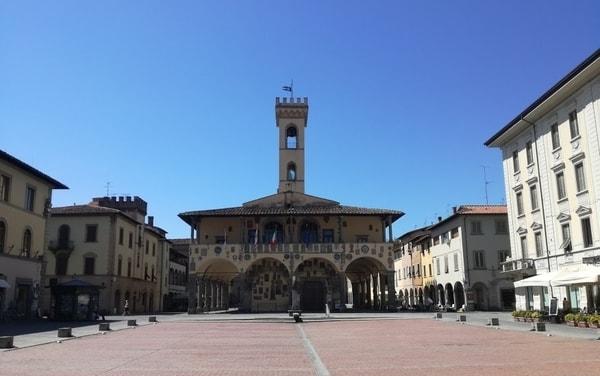 Piazza Cavour San Giovanni Valdarno