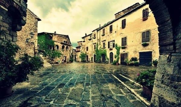 Il centro storico di Montemerano