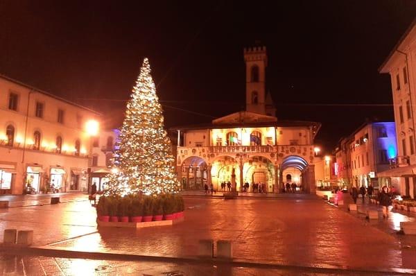 Mercato San Giovanni Valdarno Domenica 13 Dicembre